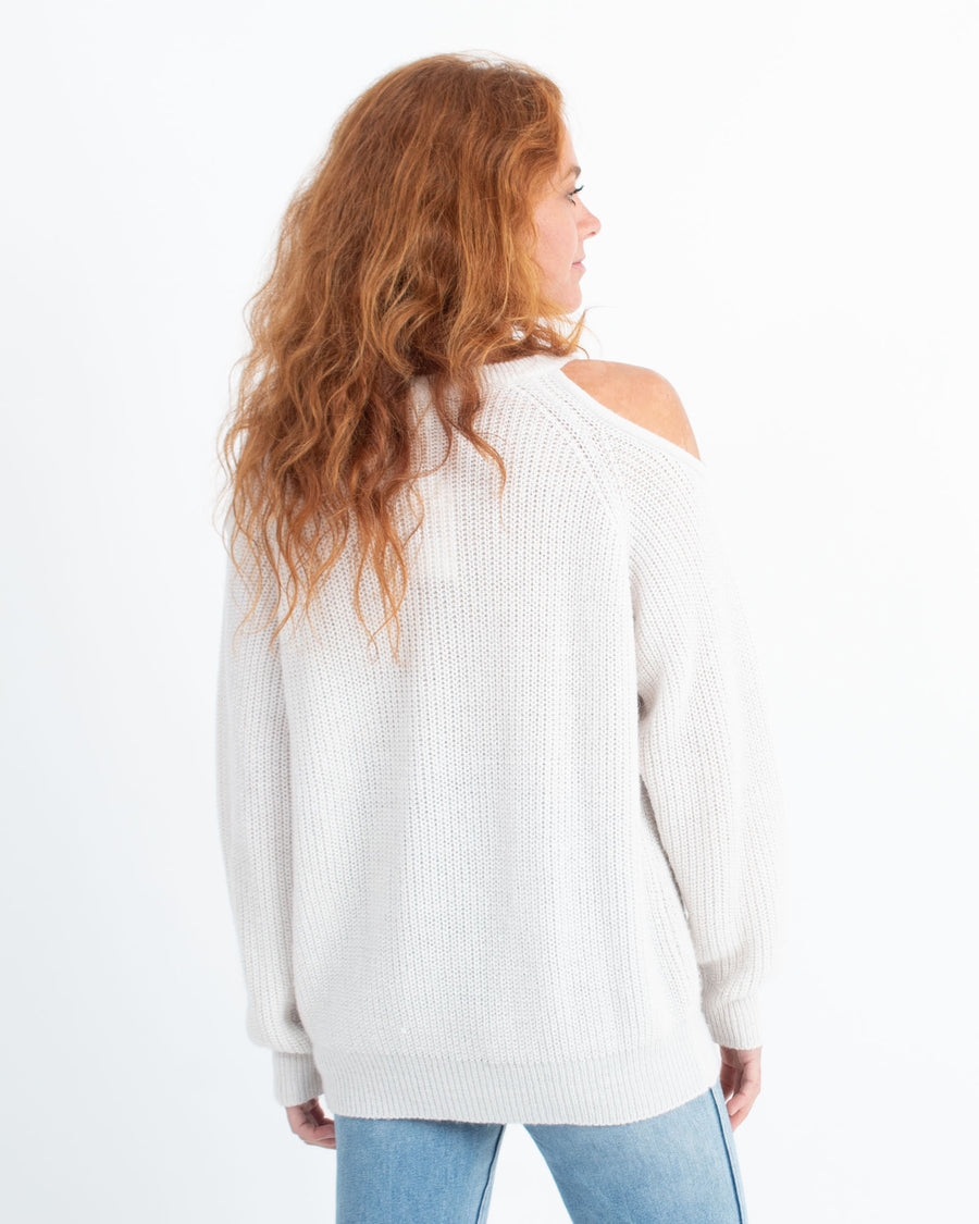 """Lineisy"" Pullover Sweater"