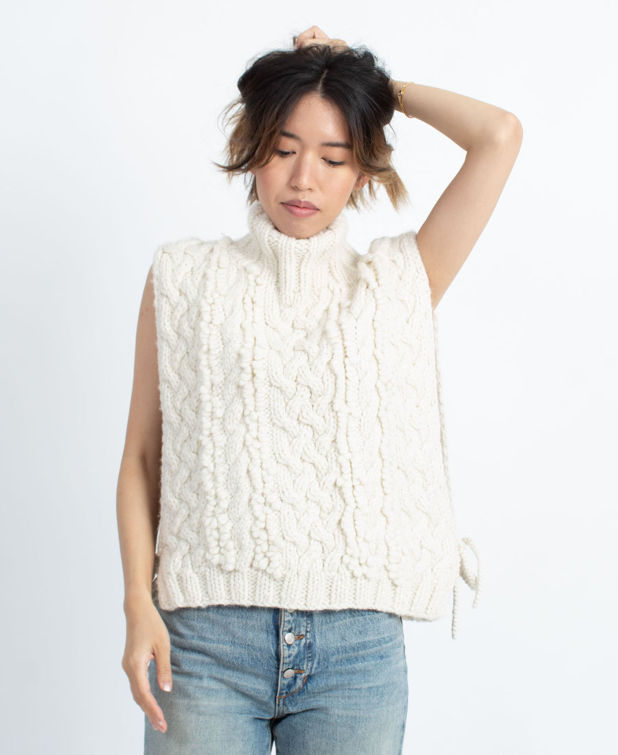 Chunky Knit Sleeveless Vest
