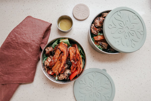 Stainless steel nesting containers set