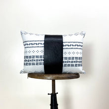 Load image into Gallery viewer, Black and White Throw Pillows