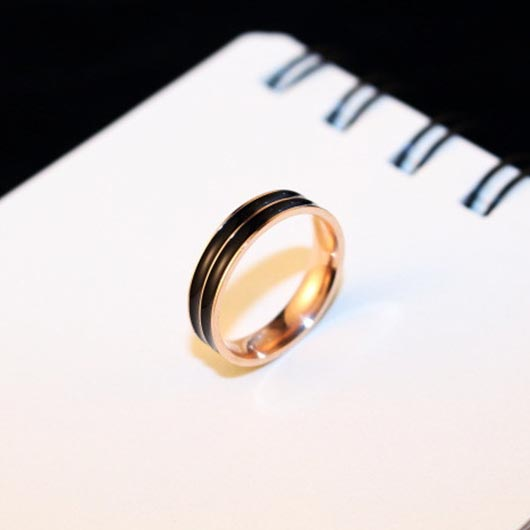 Salah Purity Ring in black with rose gold steel