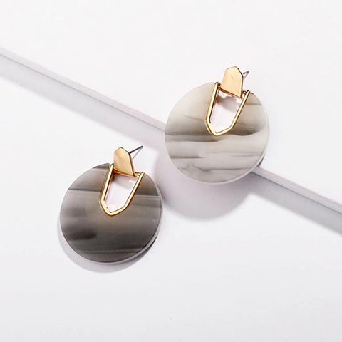 Vashti Earrings in gray with golden metal
