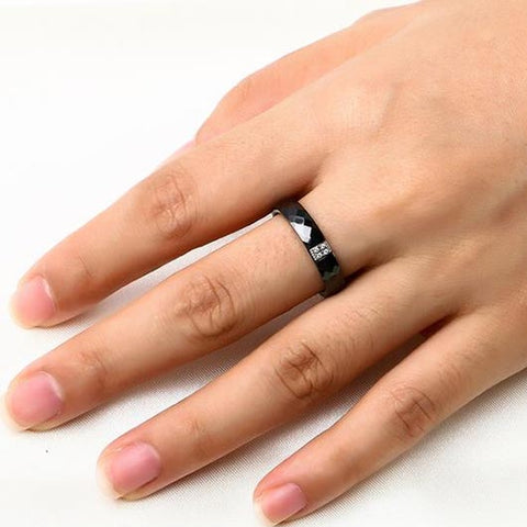 Daniel purity ring in black ceramic and steel Wear On