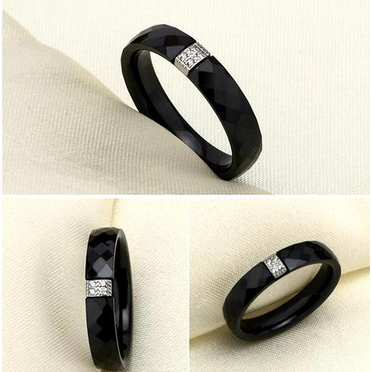 Daniel purity ring in black ceramic and steel