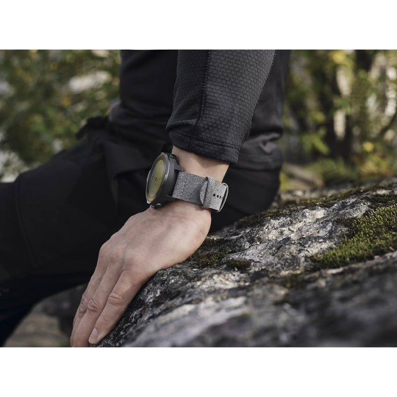 Suunto 7 Graphite Special Edition - The Smartwatch for Sporty Life