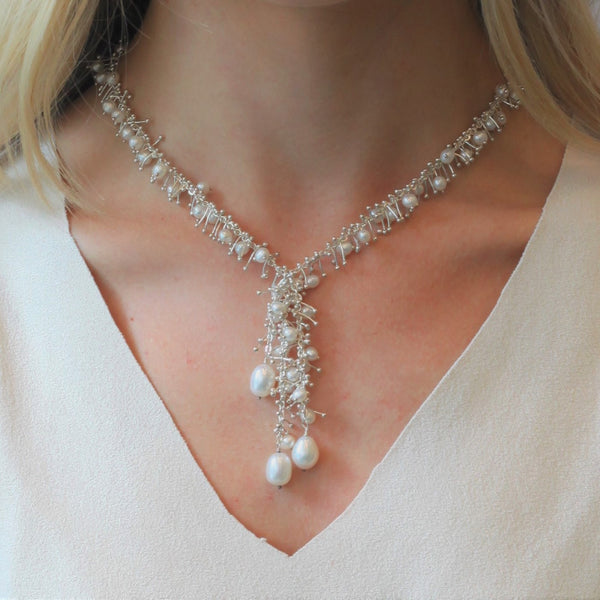 Delicate Feather Tassle Necklace: Pearl