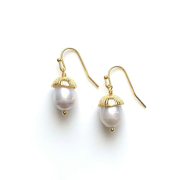Acorn Earrings: Gold