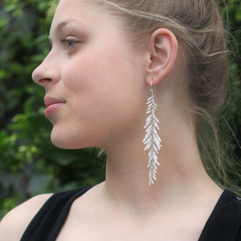 Duster Earrings: Blanco