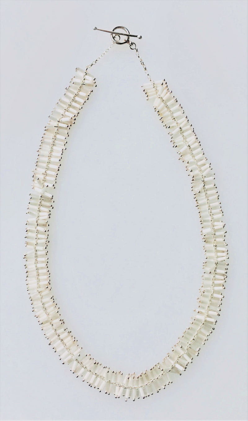 Helix Necklace: Blanco