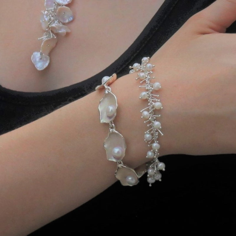 Delicate Feather Bracelet: Pearl