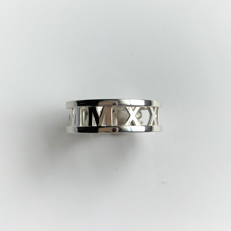 STM Class Ring with STONES: Sterling Silver