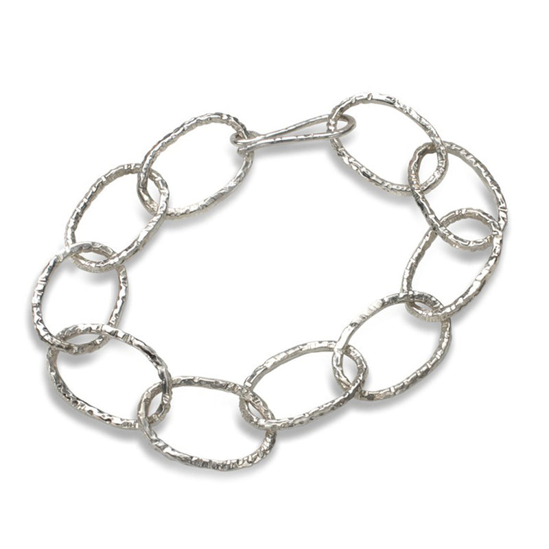 Linked Bracelet in Silver