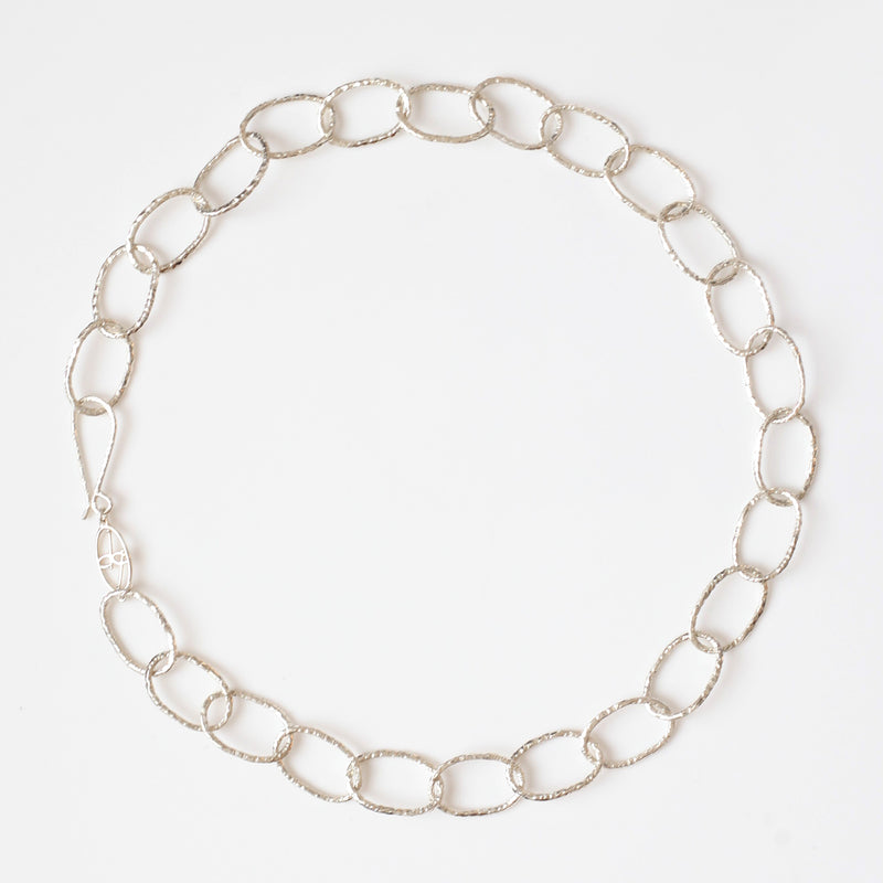 Linked Necklace in Silver