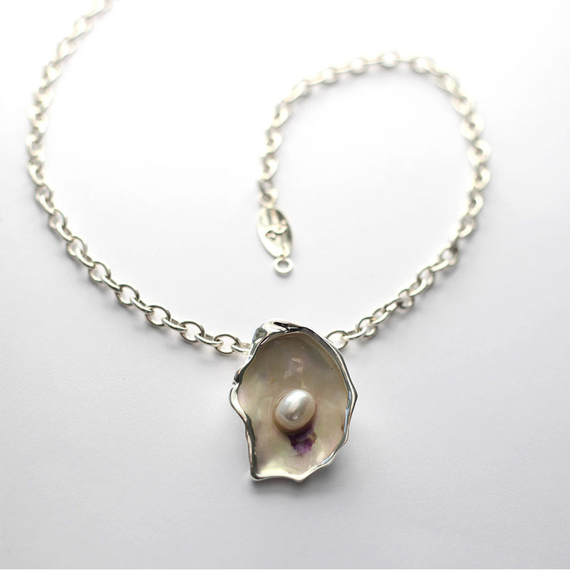 Oyster Pin/Pendant
