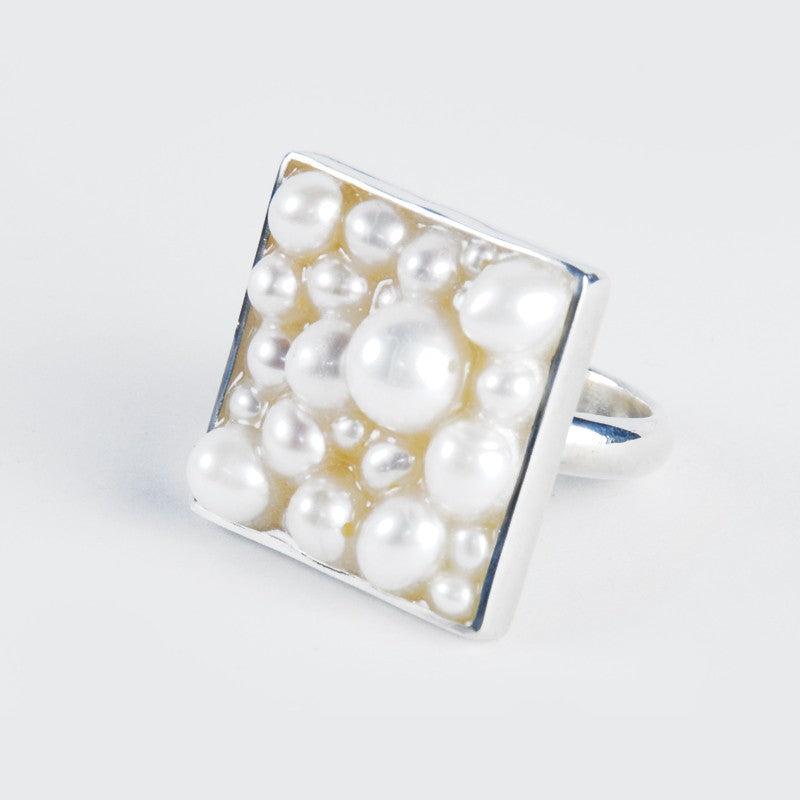 Caviar Pearl Ring: Large