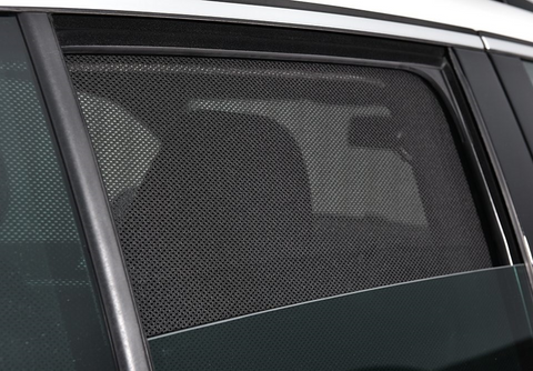 For Nissan NAVARA Dual Cab D23 2015-2018 Magnetic Rear Car Window Sun Shade Mesh