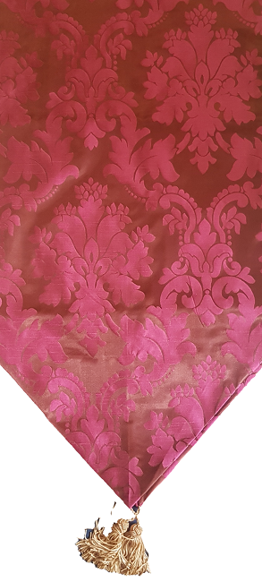 Burgundy Damask Runner i