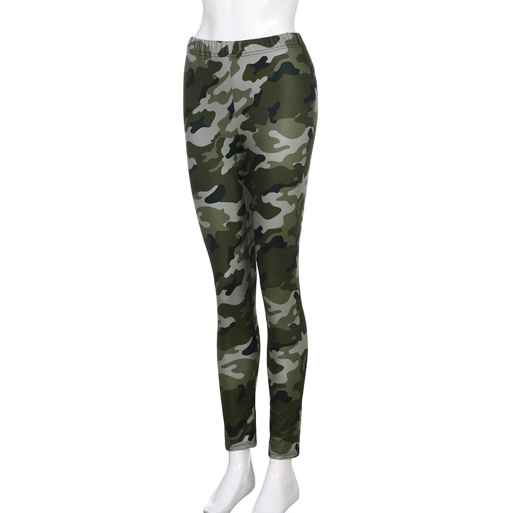 Women's Camo - Skating, Hangin, Going out in Leggings