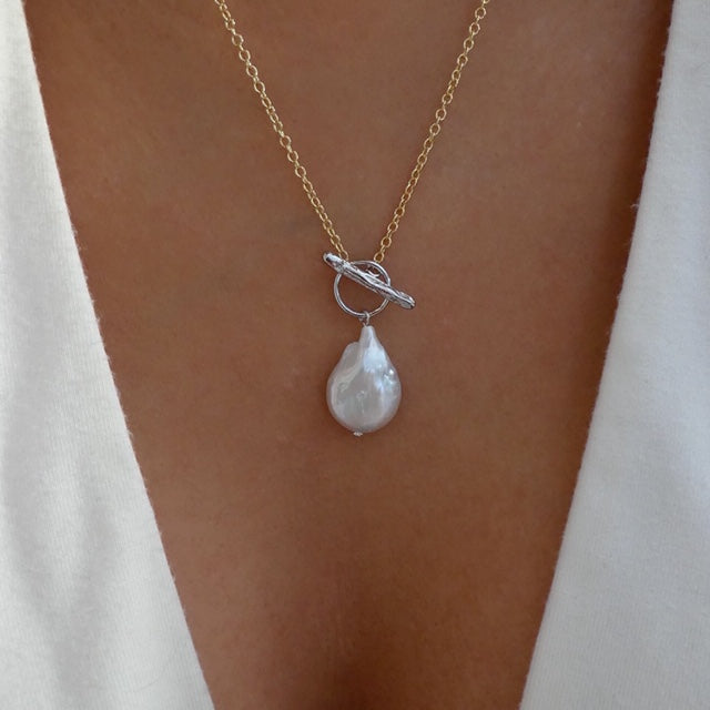18K Eshal Pearl Necklace