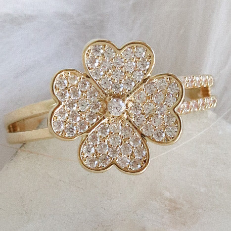 Gloria Clover Ring