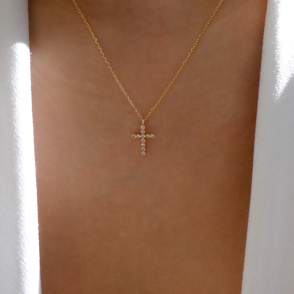 18K Simple Crystal Cross Necklace