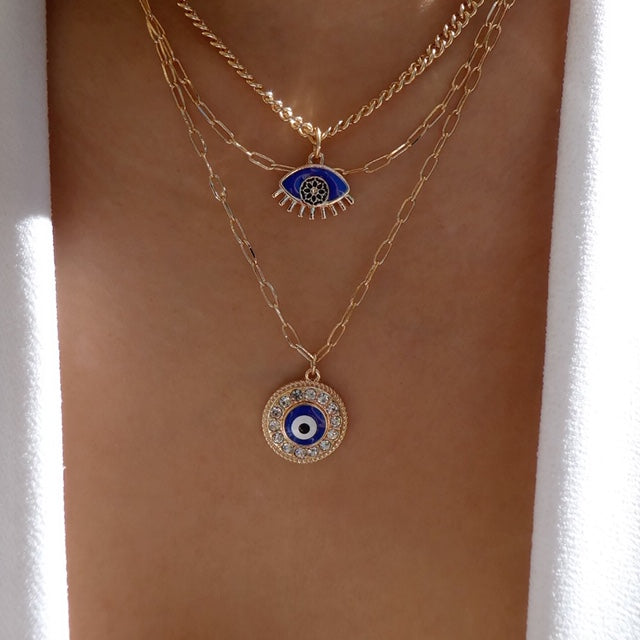 Calandre Eye Necklace