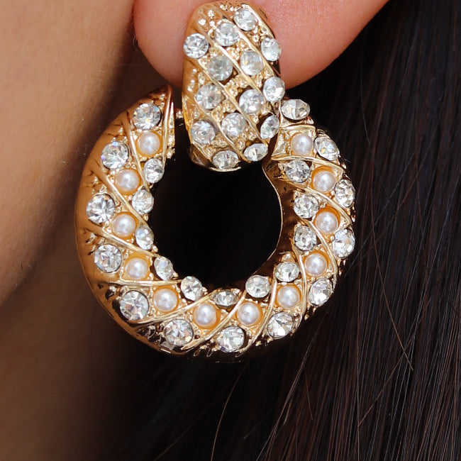 Ora Pearl Earrings