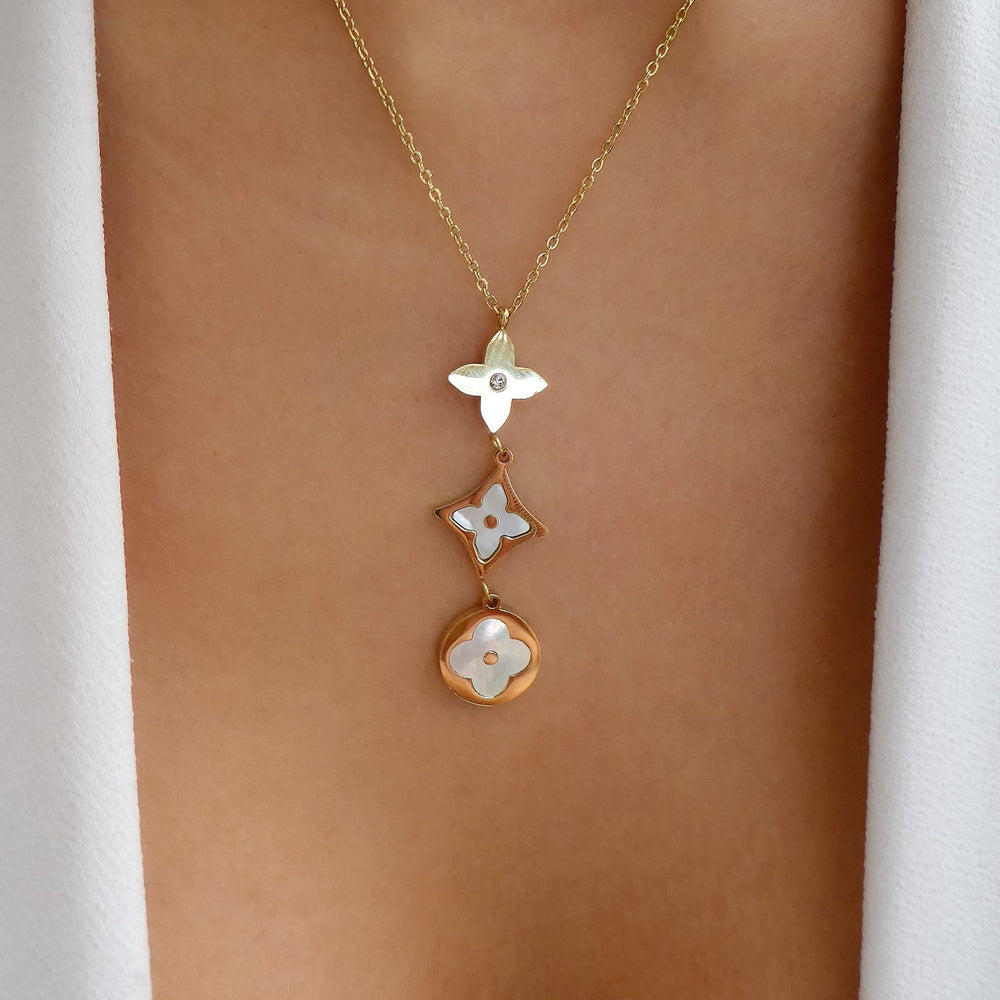 White Rolla Clover Necklace