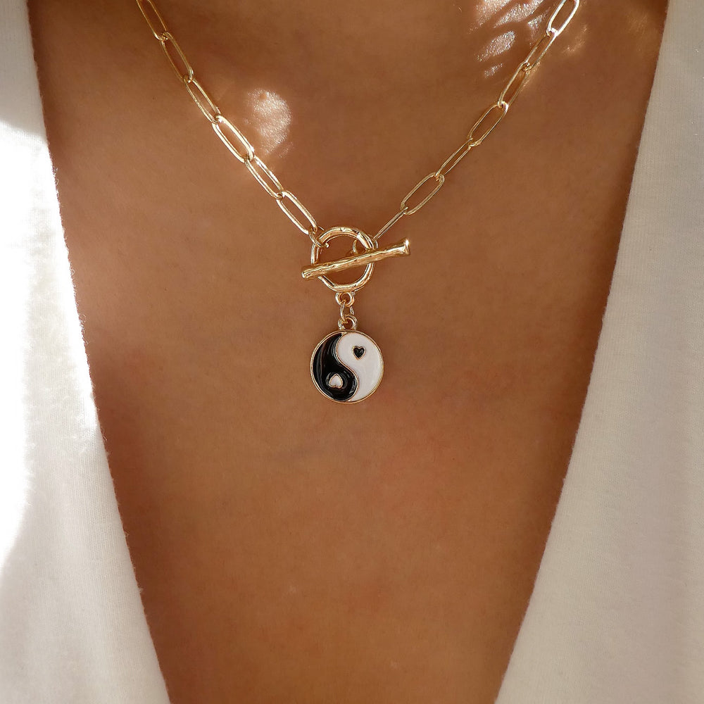 Melly Yin & Yang Necklace