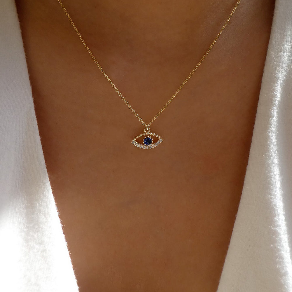 Sapphire Eye Necklace