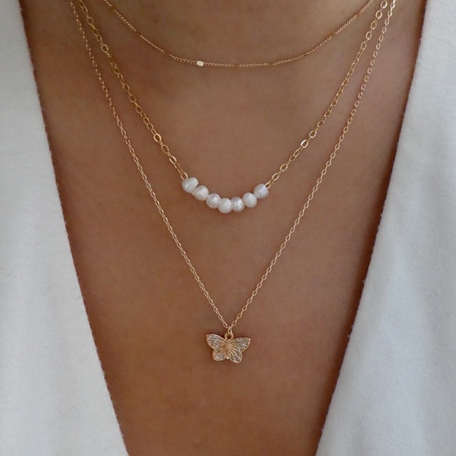 Butterfly & Pearl Necklace Set