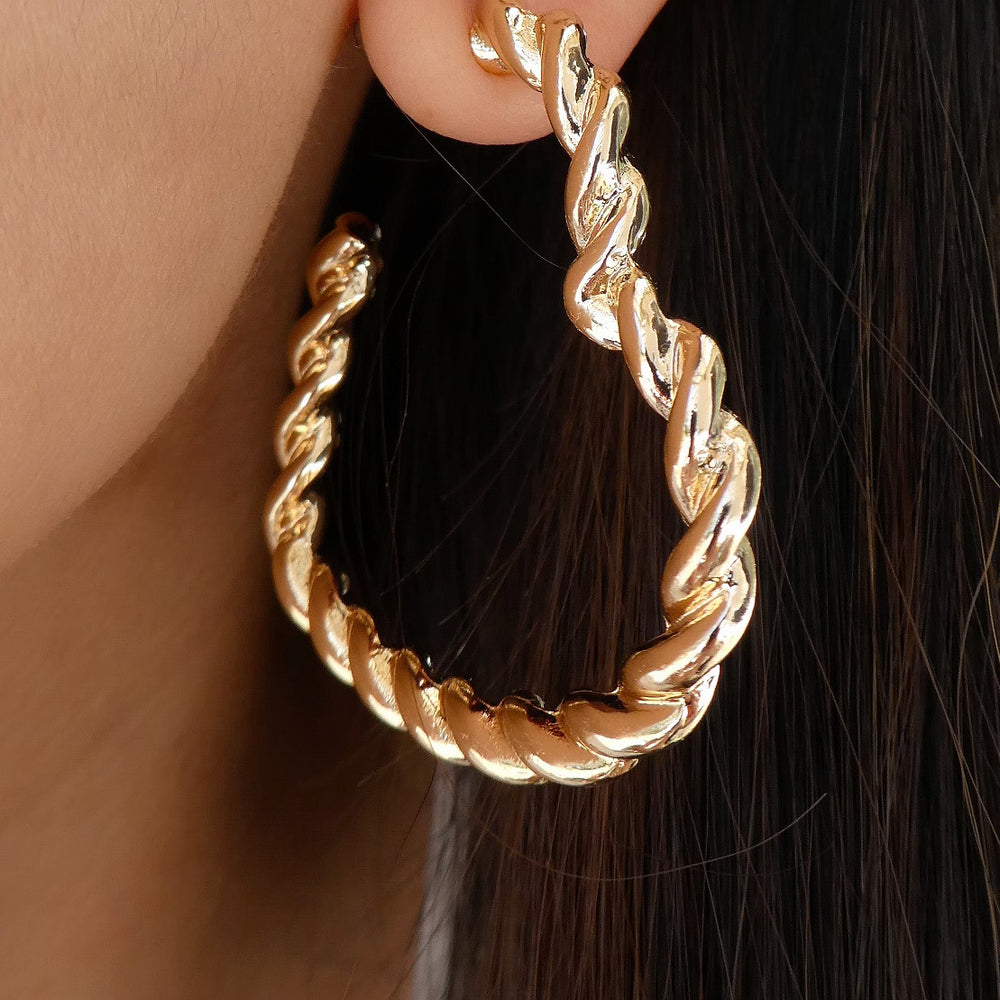 Marta Heart Twisted Hoops