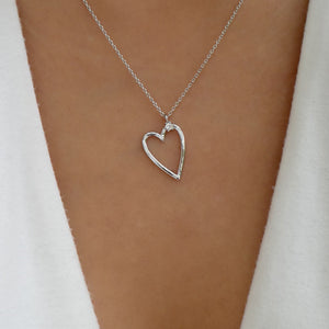 24K White Gold Gunnar Heart Necklace