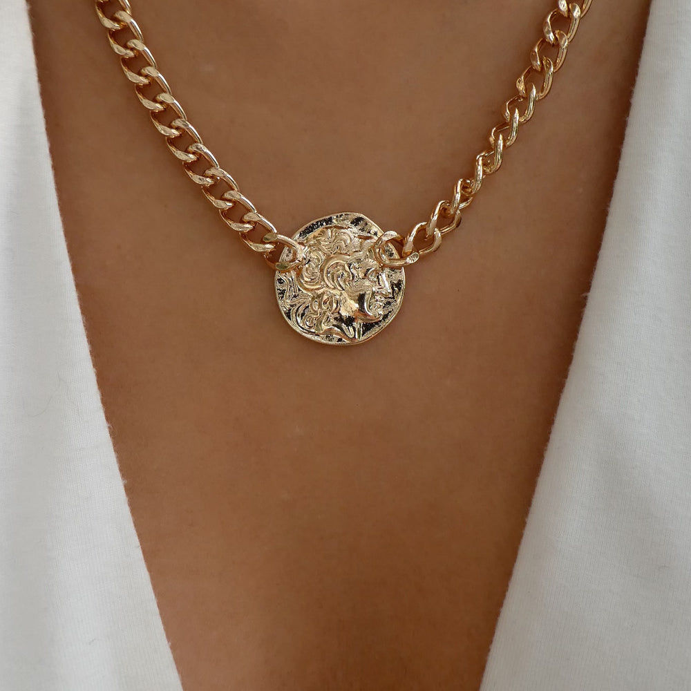 Central Coin & Chain Necklace
