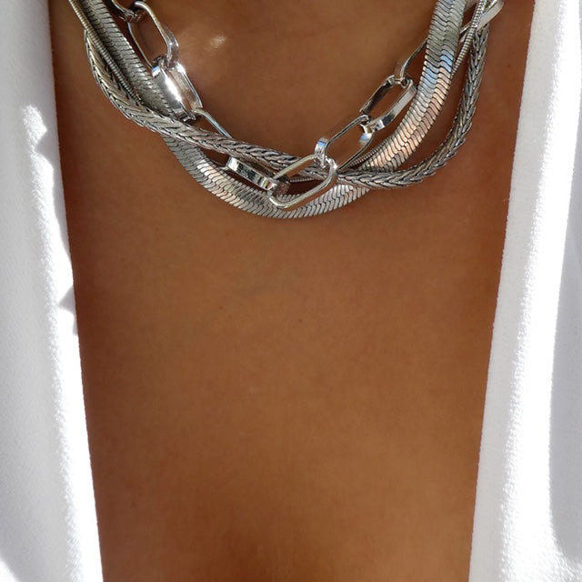 Dilan Chain Necklace (Silver)