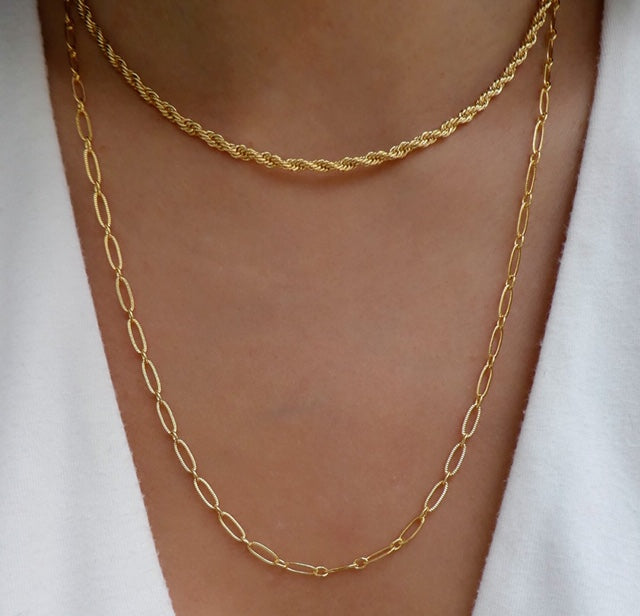 Julian Chain Necklace