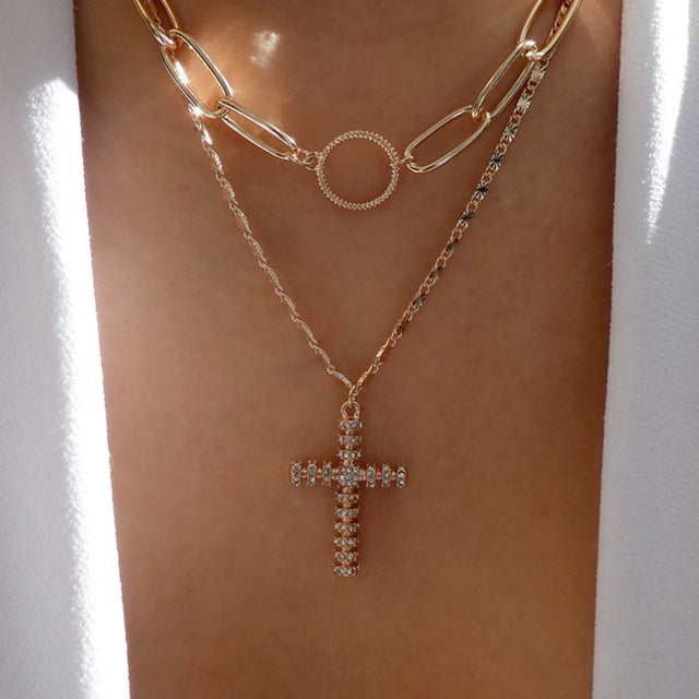 Imane Cross Necklace Set