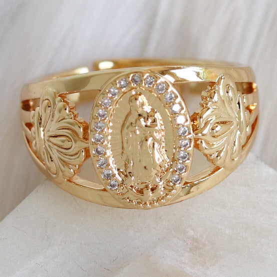 Mary Coin Ring