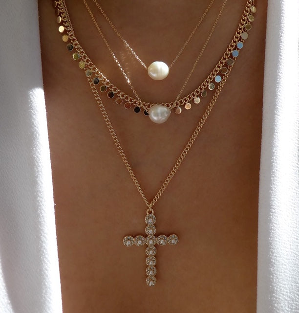Nativa Cross & Pearl Necklace Set