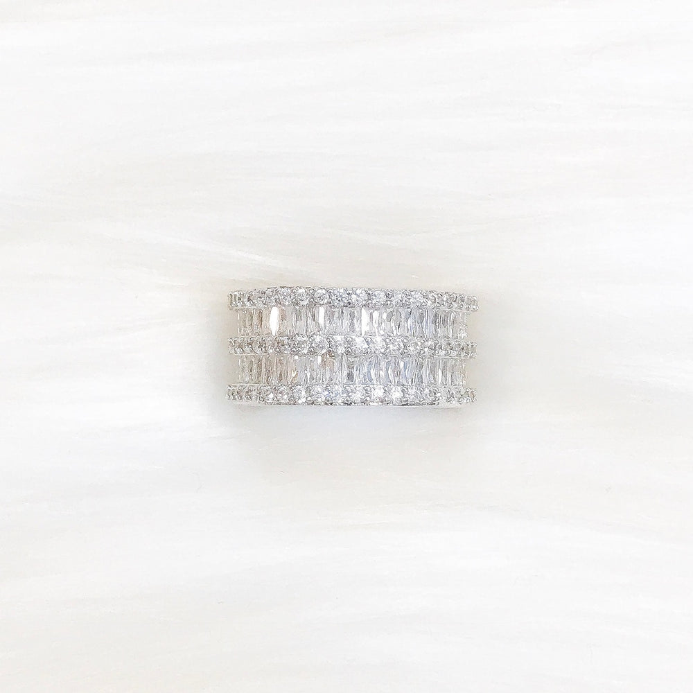 18K White Gold Amelia Ring