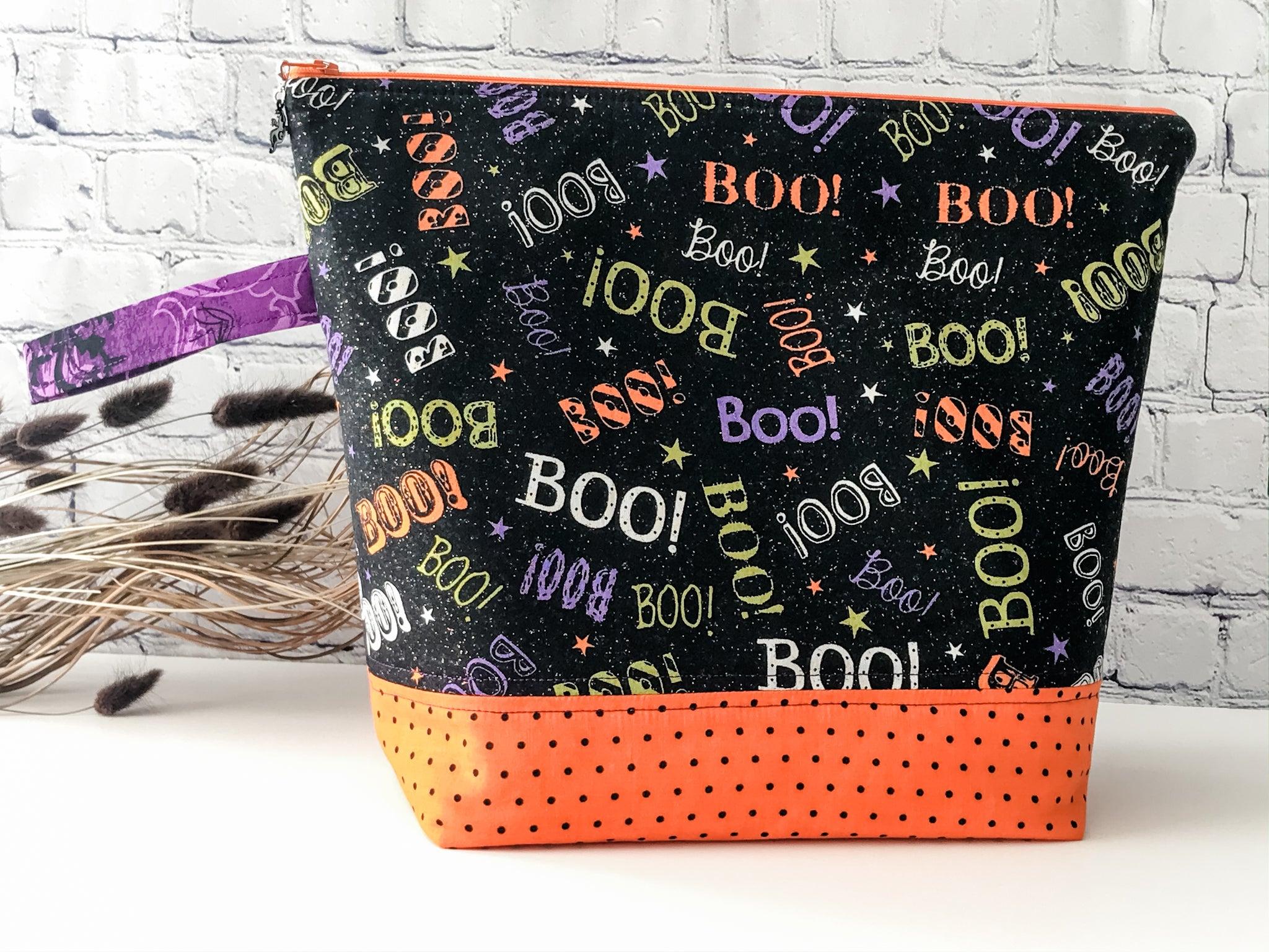 Adventure Bag: Boo Large Zipper Project Bag for Knitting or Crochet - The Handmaker's Bag