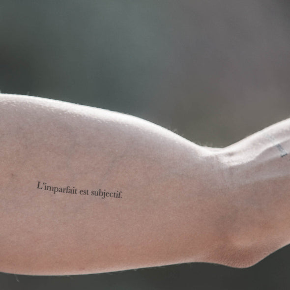 """L'imparfait est subjectif."" @lescartonsofficiel - Pack de 3 tattoos"
