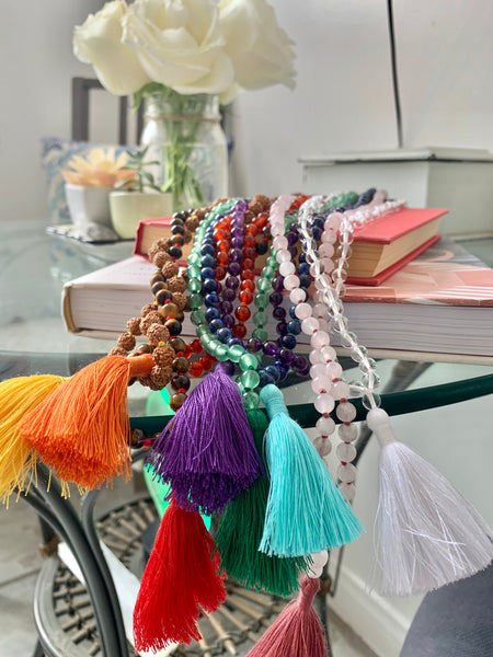 Surprising Spots to Stash Your Malas to Charge Up Your Home
