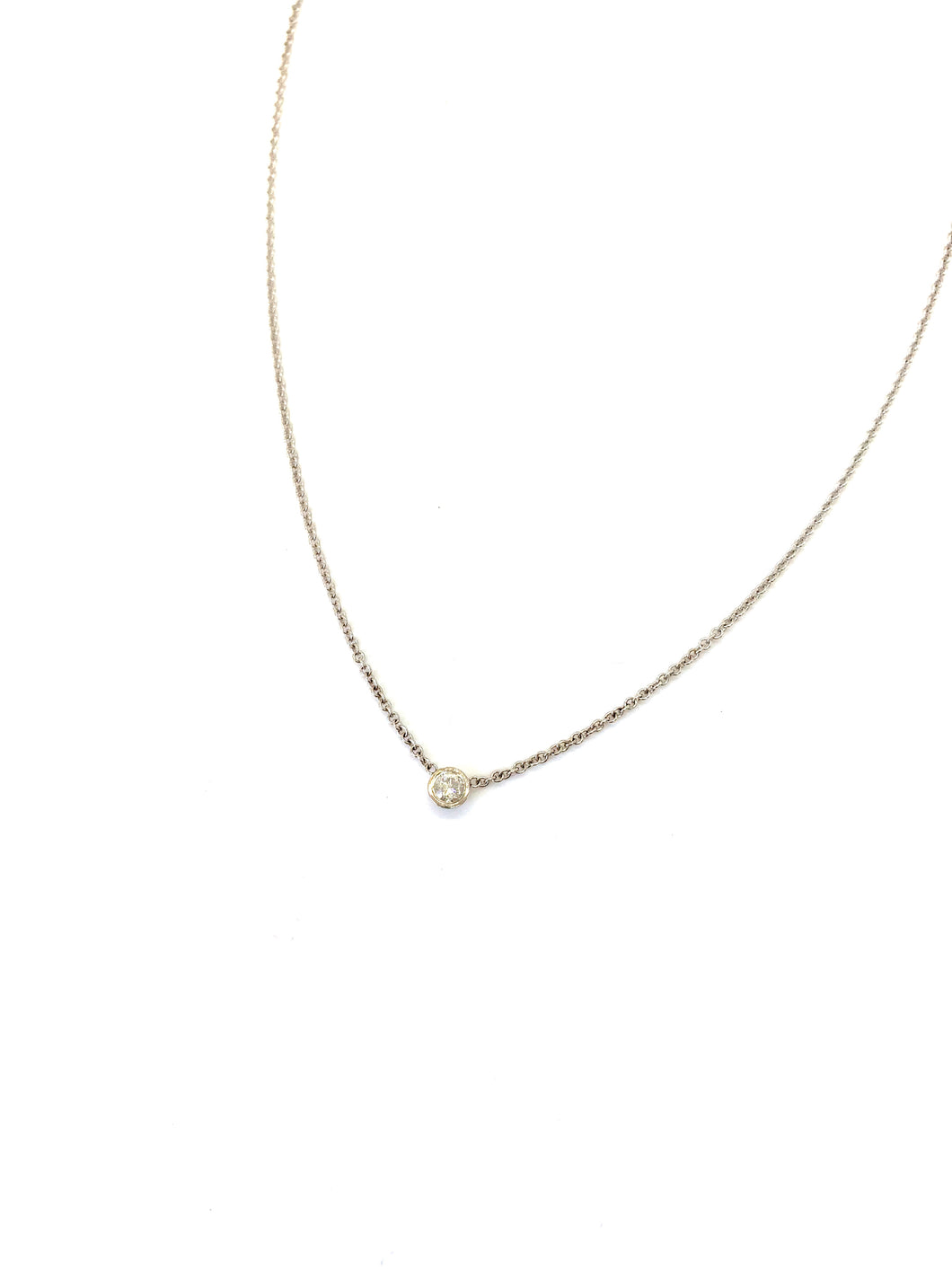 Diamond Energy Necklace in White Gold