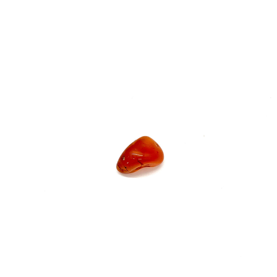 Carnelian is a reddish-orange stone that promotes courage, confidence & creativity and is most associated with the sacral chakra for vitality. Stone measures approximately half an inch to 1 inch. Earthlings can be carried on your body, displayed around the interior &/or exterior of your home, at your office, or in your car.