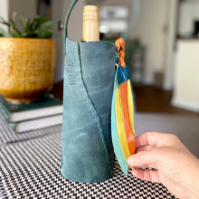 Load image into Gallery viewer, London Wine Tote