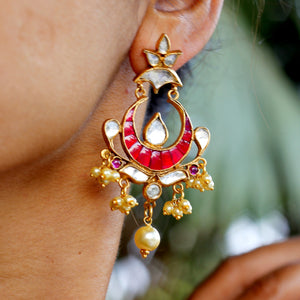 Kundan and pearl earring in silver with gold polish