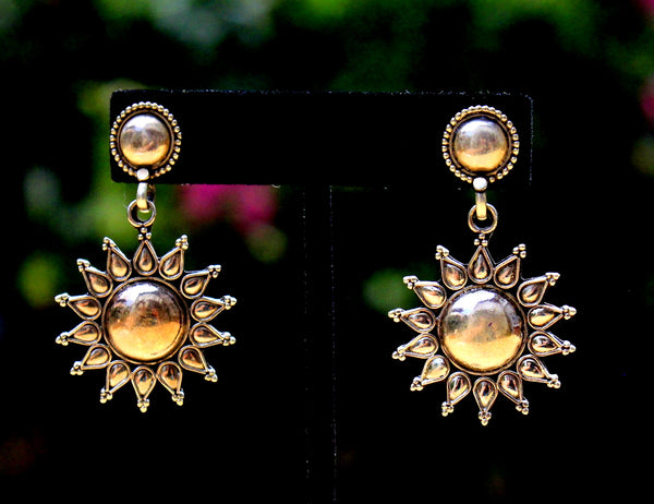 Surajmukhi post  earring
