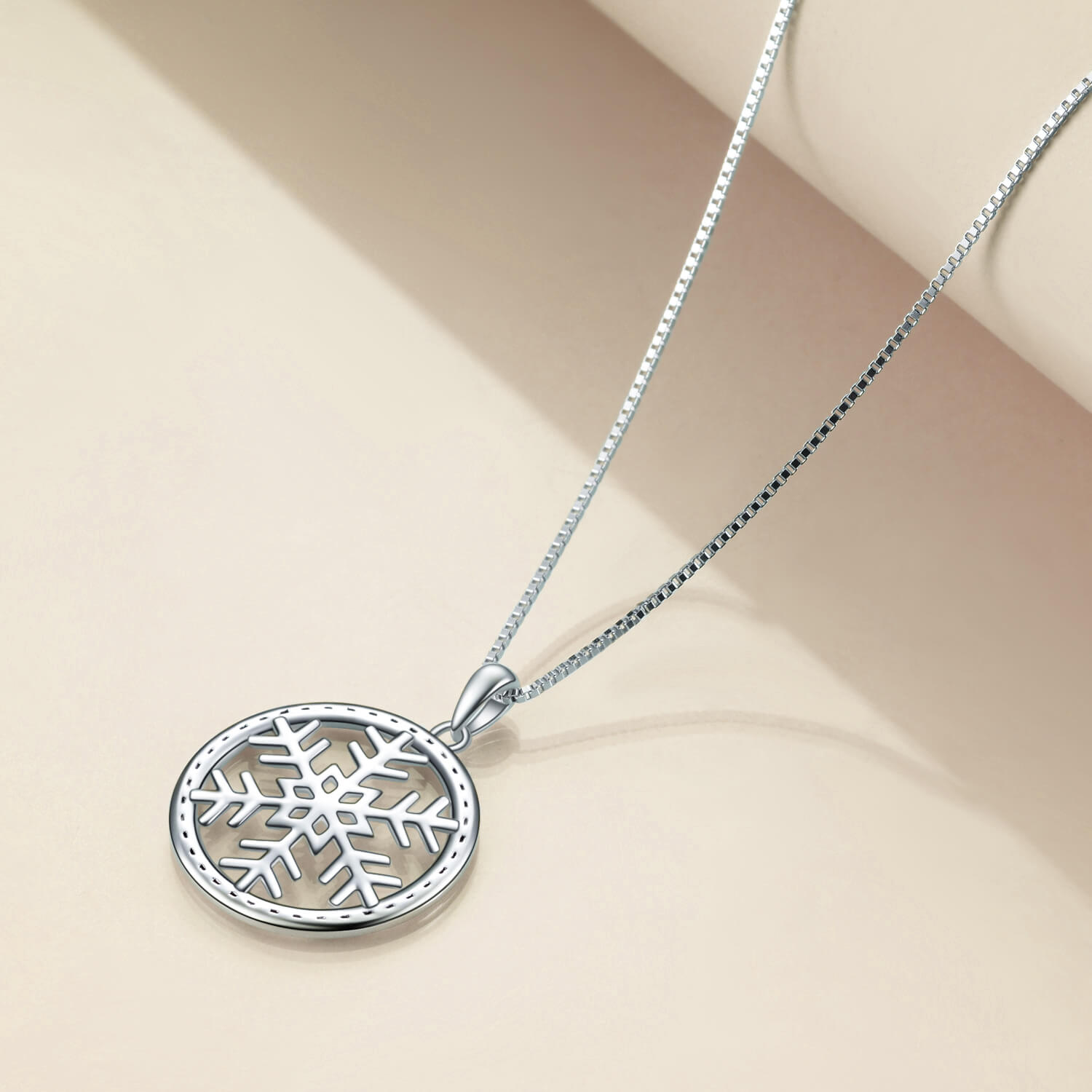 925 Sterling Silver Snowflake Necklace, Snowflake in Circle Pendant Neclace Christmas gift - onlyone