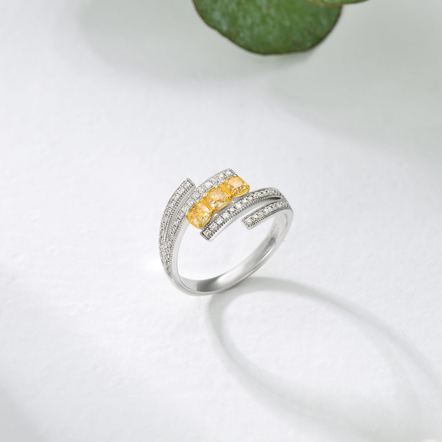 18K Three Stone Wedding Engagement Yellow Diamond Ring